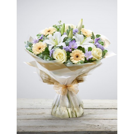Soft Pastels Scented Hand-tied