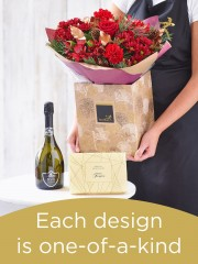 Christmas Hand-tied Bouquet with Prosecco and Chocolates